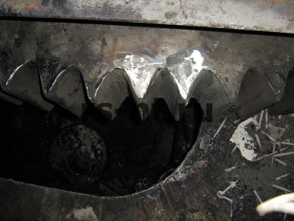 Наплавка зубьев венцовой шестерни экскаватора